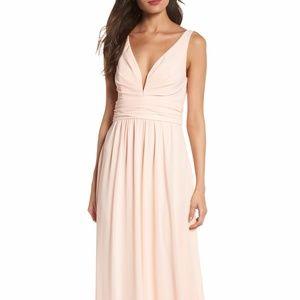 Lulu's - V-Neck Chiffon Gown